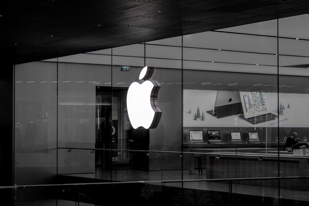 Apple stores provide the one of the best customer experience increasing their marketing funnel conversion